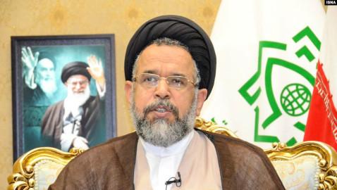 وزیر اطلاعات ایران از اقدامات هماهنگ حکومت برای مقابله با گرایش به مسیحیت پرده برداشت