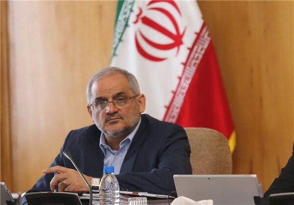 Ban schoolchildren who propagate 'unrecognised' religions, says Iran's Minister of Education